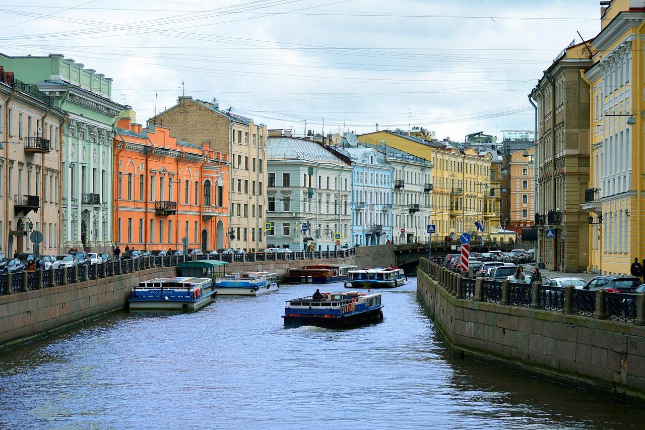 Grupp- och konferensresa S:t Petersburg med båtutflykt på kanalerna