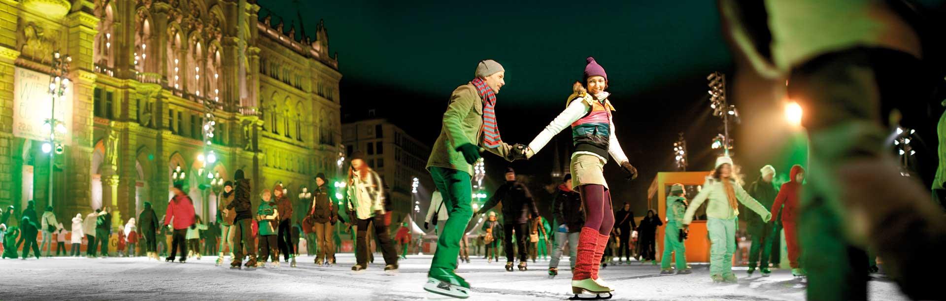 Följ med på spännande möten i Wien med skridskoåkning