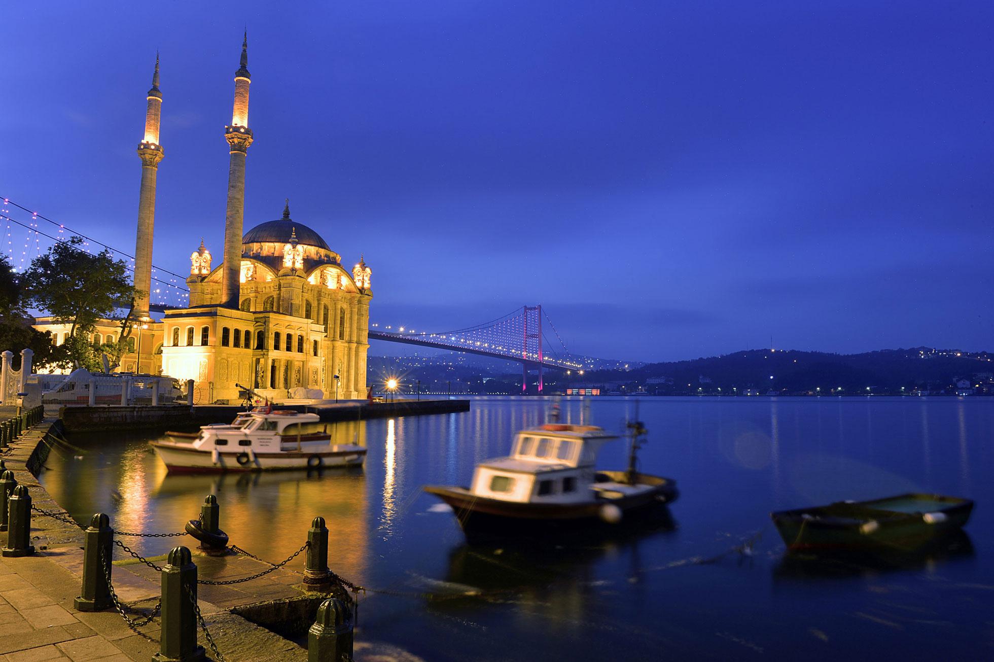 Vacker kvällsbild Istanbul