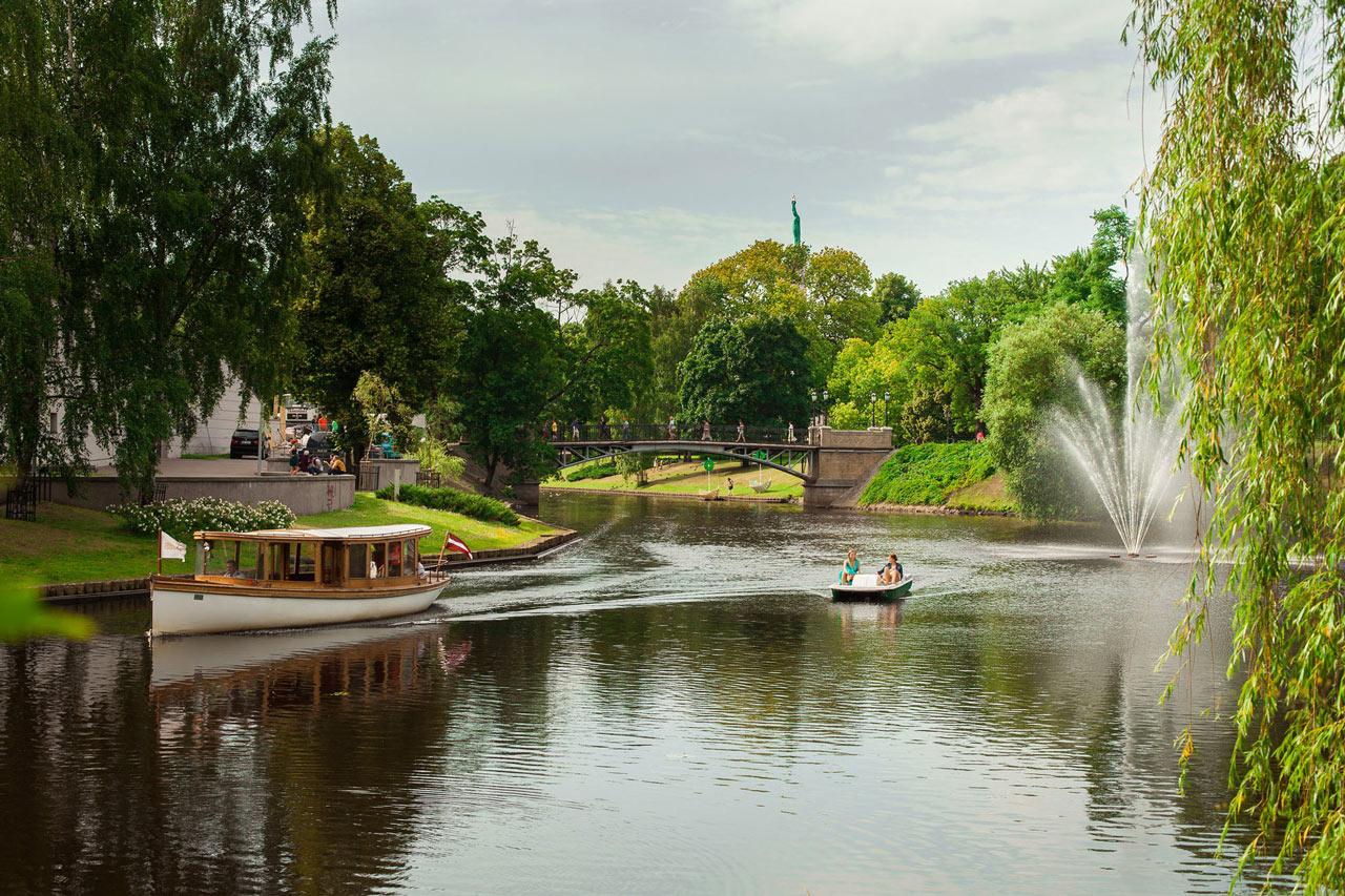 Grupp- och konferensresa Riga med båtutflykt på kanalen