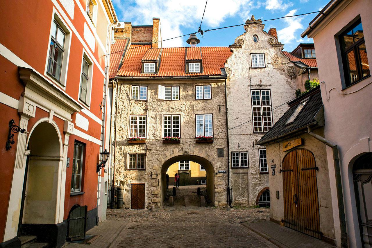 Stadsvandring med Svenskporten i Riga Lettland